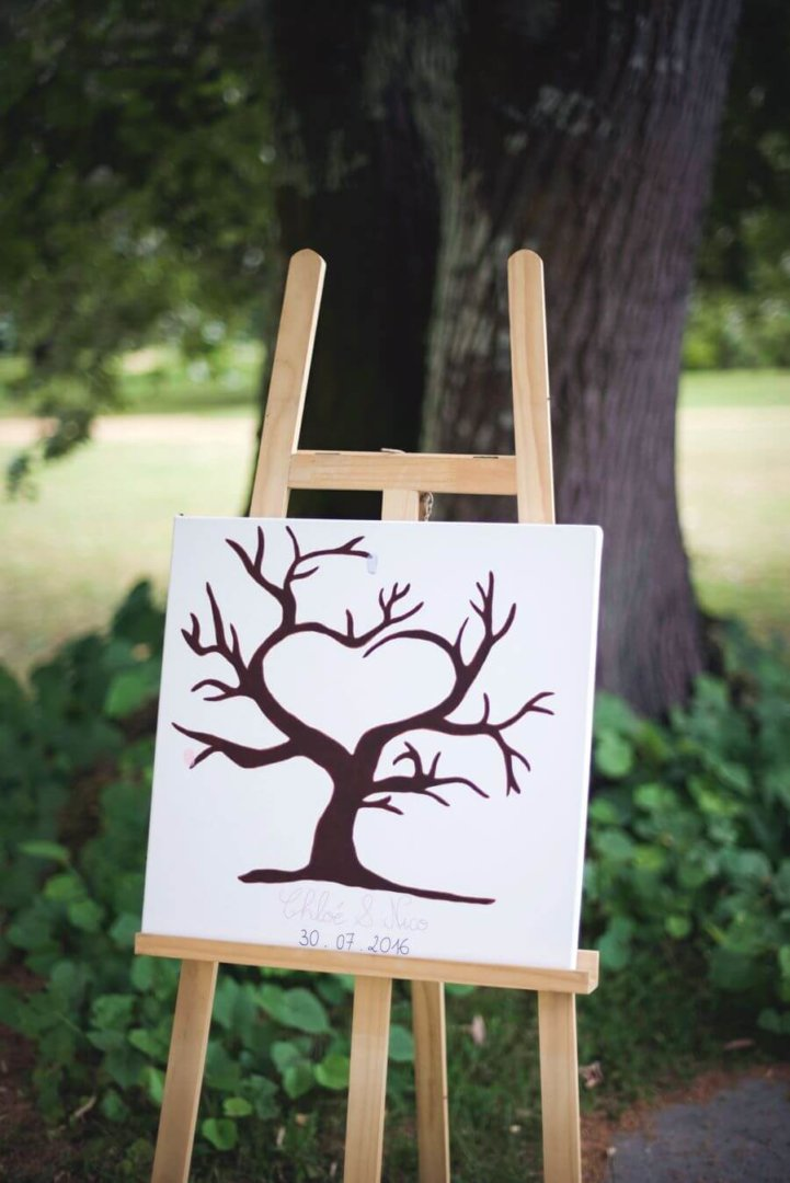 faire-part ou lsave-the-date : un graphisme, une identité visuelle, atypique, unique et authentique qui annonce votre mariage.
