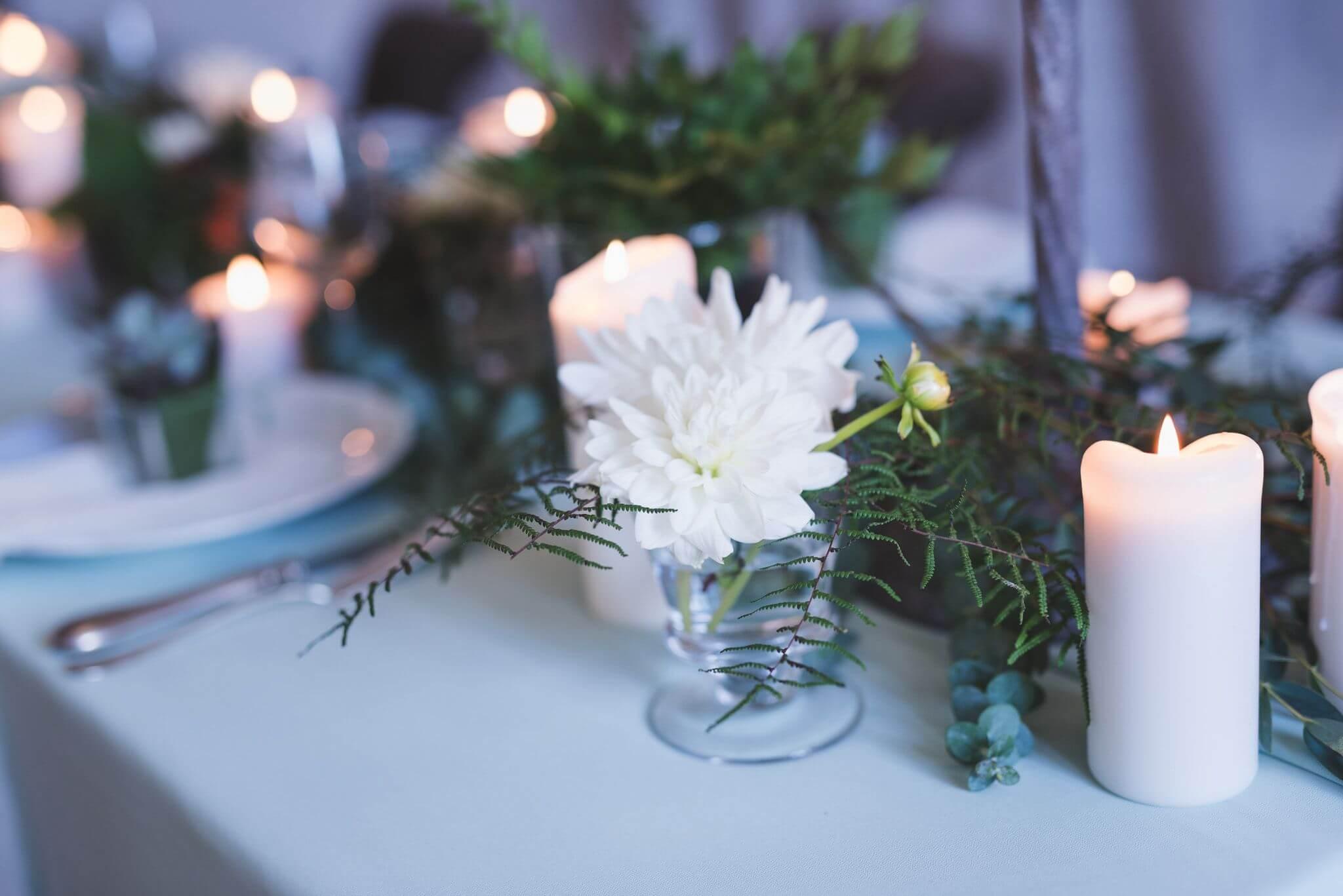 se marier à la lueur des bougies