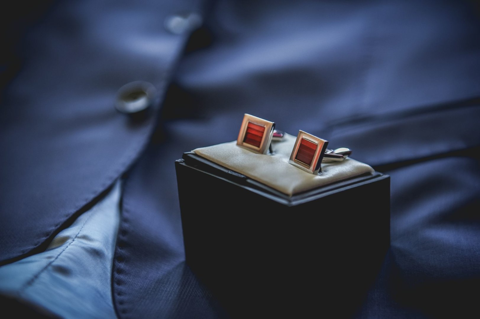Boutonnière bijou D-day mariage