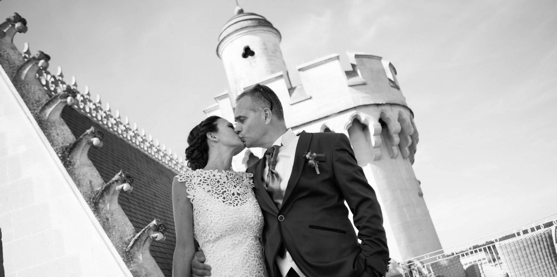 joli mariage naturel dans un chateau
