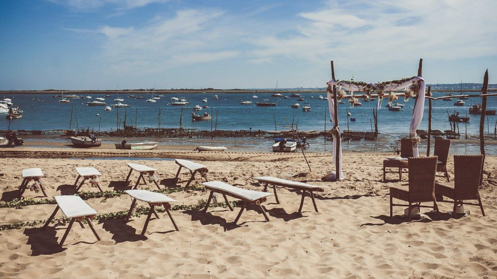 wedding-planner-experimentee-ceremonie-laique-plage-cap-ferret