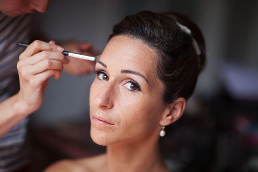 Lumineux, romantique : maitres-mots du maquillage de la mariée by Weday's