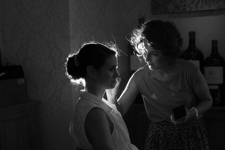 Les préparatifs de la mariée, la mise ne beauté coiffure et maquillage by Weday's