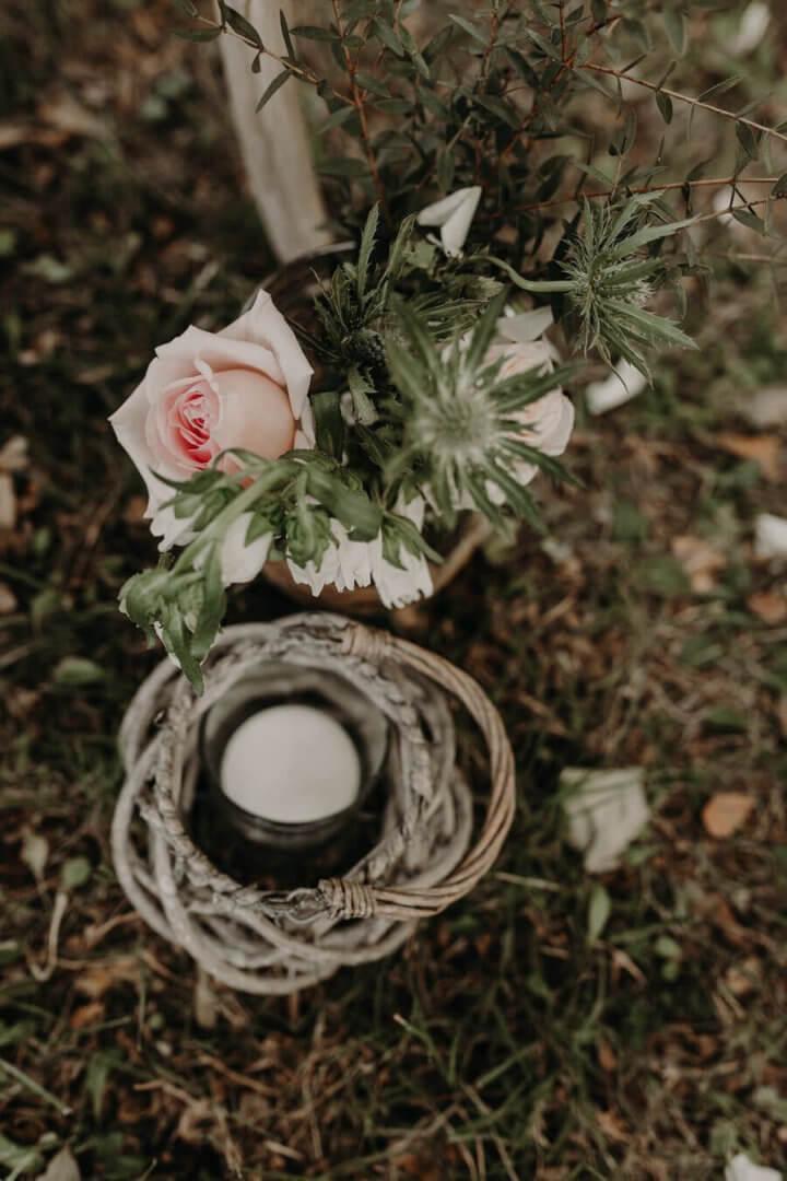 Détails des fleurs d'une cérémonie laïque by Weday's
