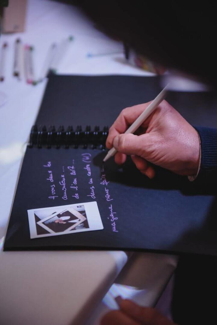 Le Livre d'Or. Émotions et souvenirs en or seront au rendez-vous ... Alors, n'oubliez pas le livre dor.... by Weday's