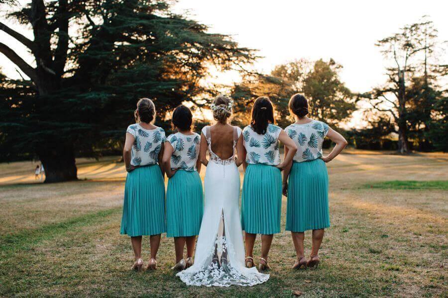 Choisir sa robe de mariée n'est pas des moindres. Quelle forme, quel style, quelle longueur, couleur choisir ? Par chance, Weday's t'apporte les réponses ...