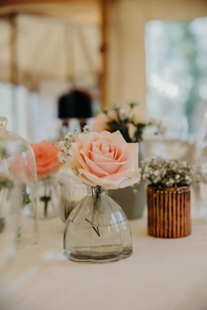 Ce n'est pas toujours facile la décoration, cela dépend de vos goûts personnels et des tendances mariage. Ce jour doit vous ressembler.